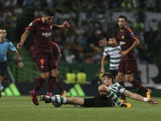 Messi rests for first hour as Barca beats Sporting 2-0