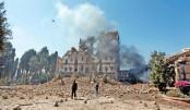 Saudi-led strikes pound Yemen capital after killing Saleh