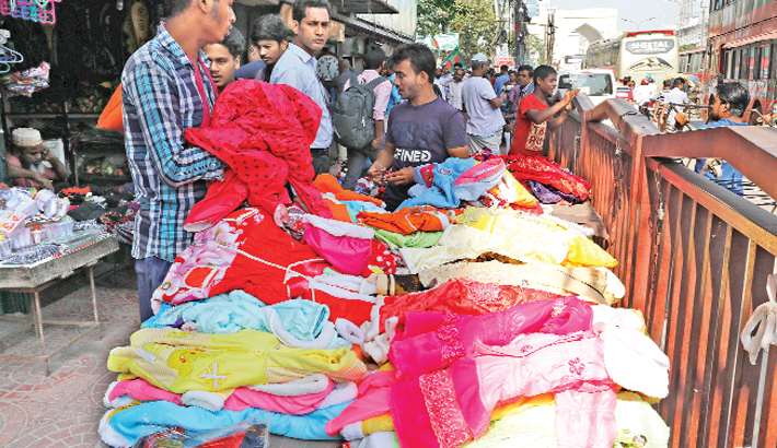 Sale of warm clothes on  rise as winter sets in