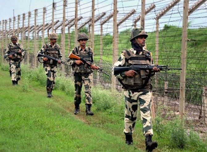 BSF guns down 2 Bangladeshis
