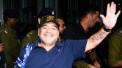 Diego Maradona passing busy hours in Kolkata