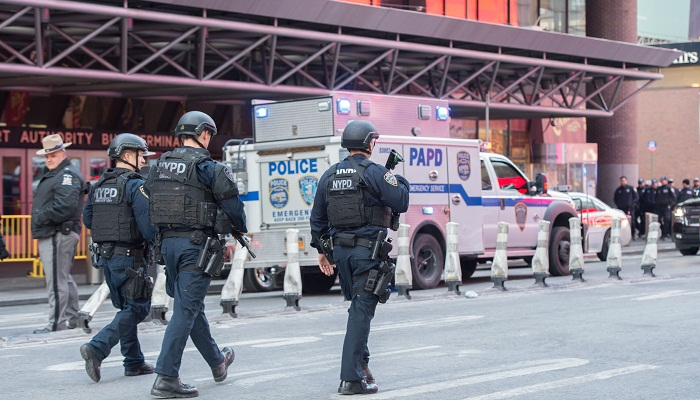 Four hurt in 'attempted terror' blast in New York subway: police