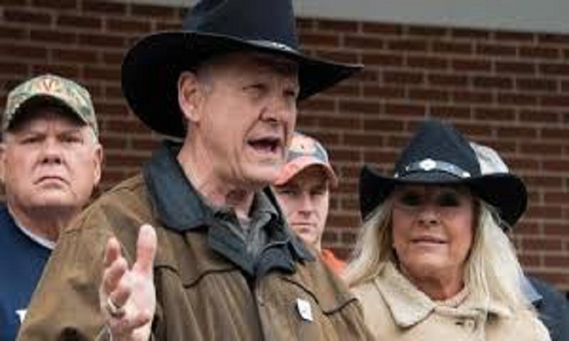 Alabama Senate election: Roy Moore faces verdict of voters