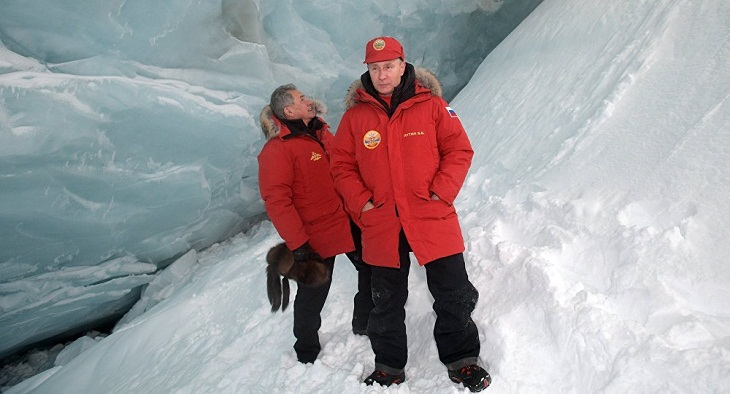 Putin says Arctic exploration a priority for Russia