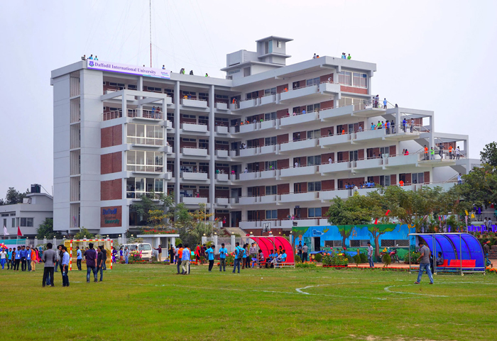 15 injured in Daffodil University clash