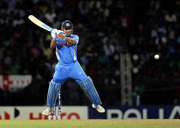 Rahul, Dhoni power India to 180-3 in first Sri Lanka T20