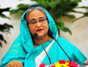 Stand beside people, earn their trust: Prime Minister to officials