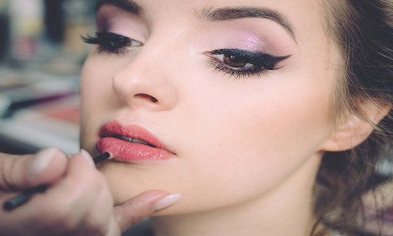 Make-up tips, skincare regime to achieve perfect party look