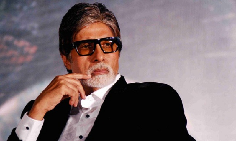 Amitabh Bachchan in 'unbearable' pain after old shoulder injury gets aggravated