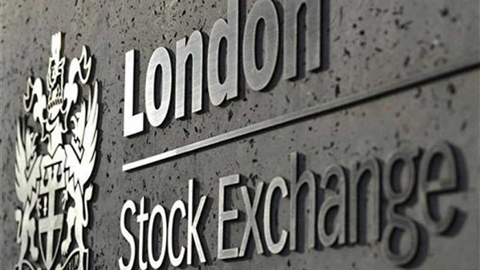 London stocks end year on record high