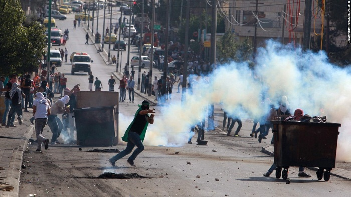 56 Palestinians injured in new clashes