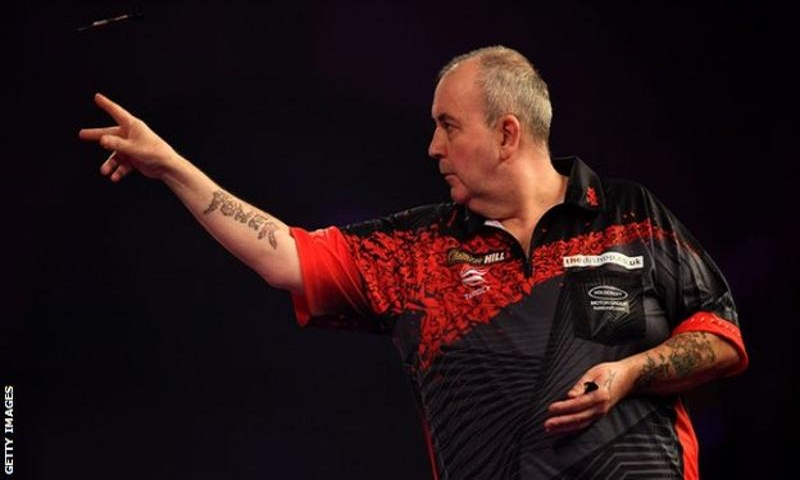 PDC World Darts 2018: Phil Taylor to face Rob Cross in final