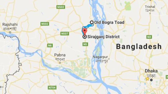 Bus crushes four autorickshaw passengers, driver to death in Sirajganj