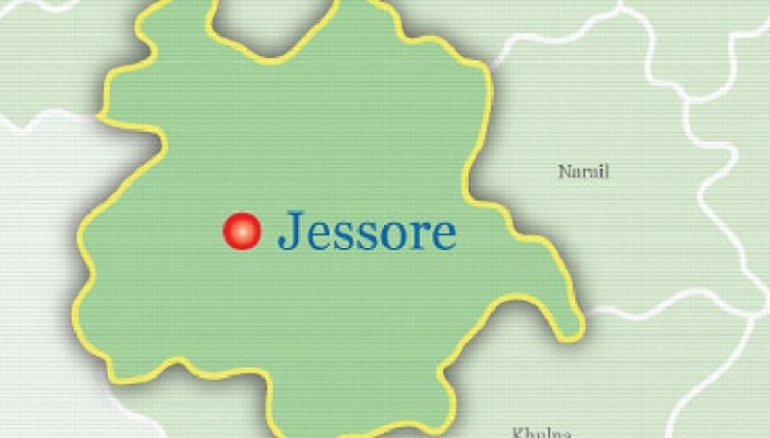 30 hurt as roof of under-construction silo collapses in Jessore