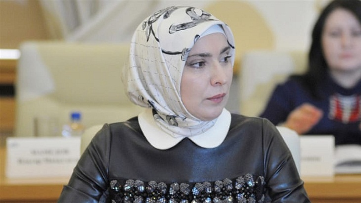 Aina Gamzatova: The Muslim woman challenging Putin