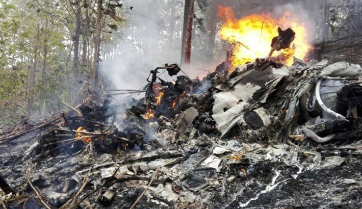 10 Americans killed when plane crashes in Costa Rica