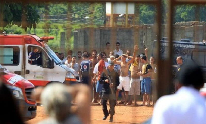 Brazil prison: At least nine killed in new year riot
