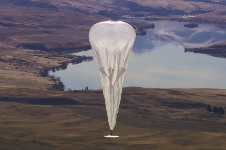 Google's high altitude Internet balloon crashes in Kenya