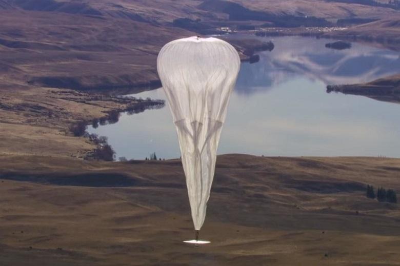 Google's high altitude Internet balloon crashes in Kenya