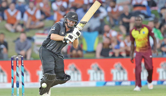 Munro blasts record ton as NZ crush Windies