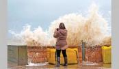 Storm Eleanor batters  Europe, 4 die