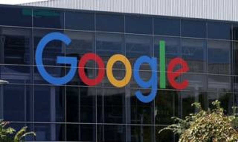 Google sued over 'male discrimination'