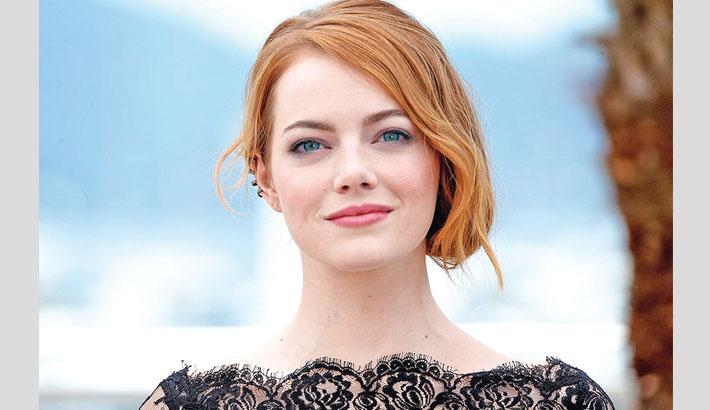 Emma Stone makes beauty statement