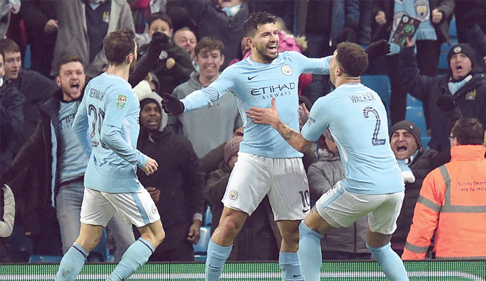 Aguero rescues City from Bristol