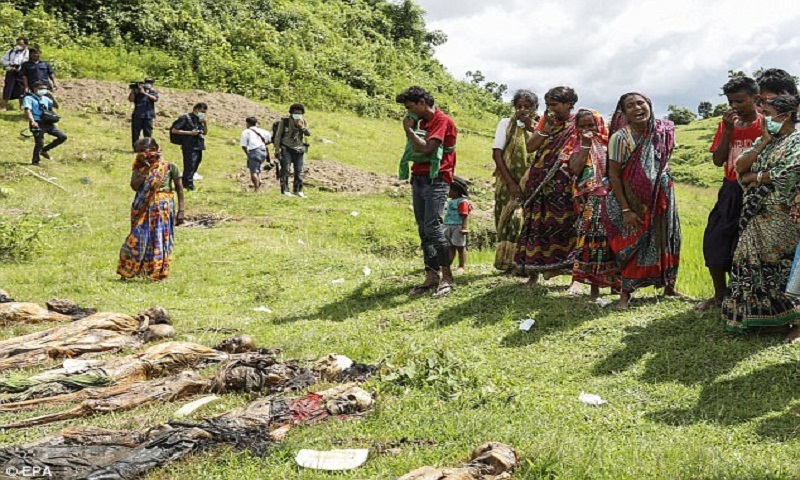 Myanmar: Soldiers, villagers killed Rohingya in mass grave