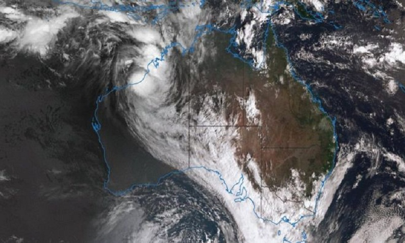 Cyclone Joyce: Australian residents warned to take shelter