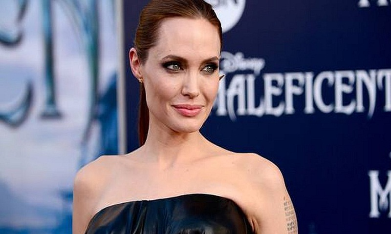 Angelina Jolie dating Cambodian rapper-filmmaker