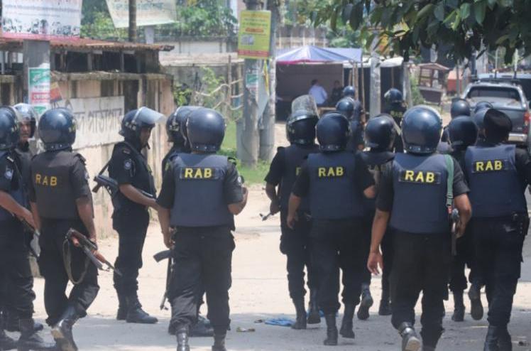 Three killed in Nakhalpara 'militant den'