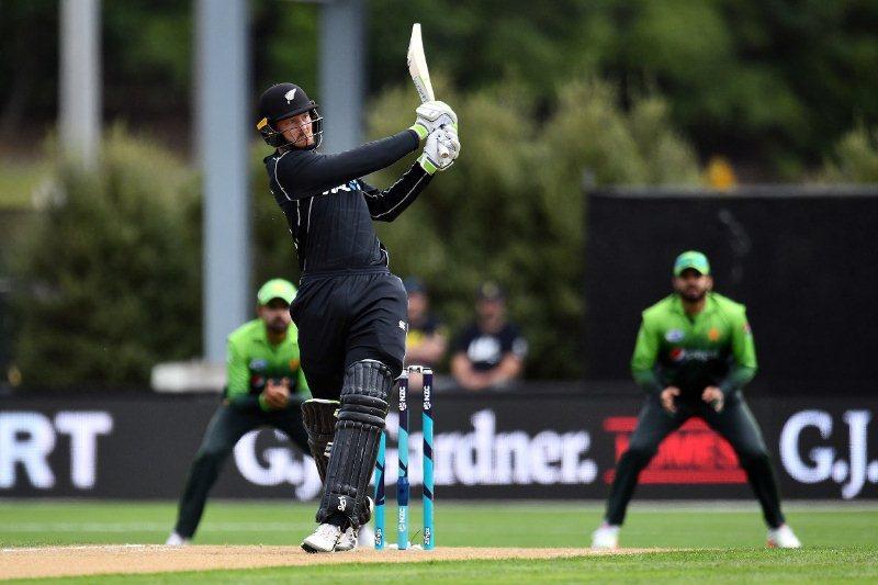 New Zealand set Pakistan 258 to win
