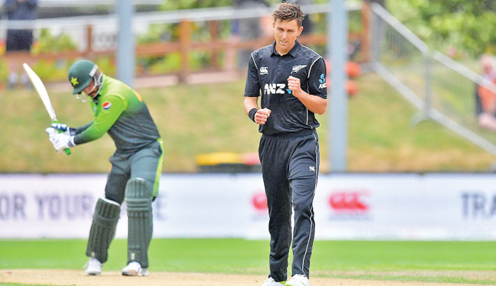 Boult destroys Pakistan as New Zealand take series