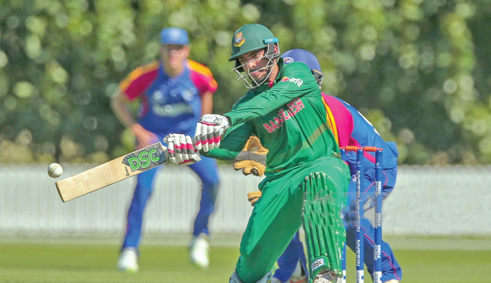 Skipper Saif, Naim guide Bangladesh to victory