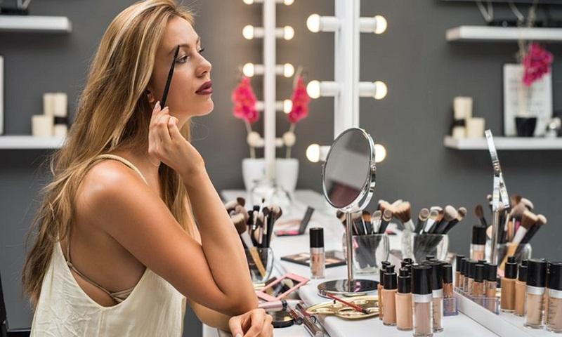 Skincare tips for women above 40