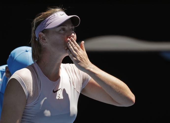 Sharapova back in Oz, joins Federer, Djokovic in 2nd round