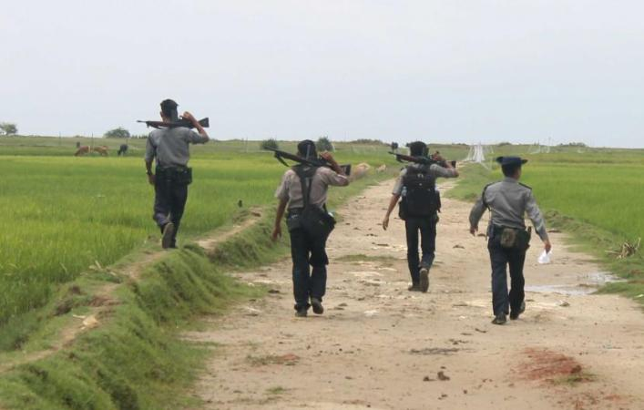 Myanmar sends 1300 names of ARSA 'extremists' to Bangladesh