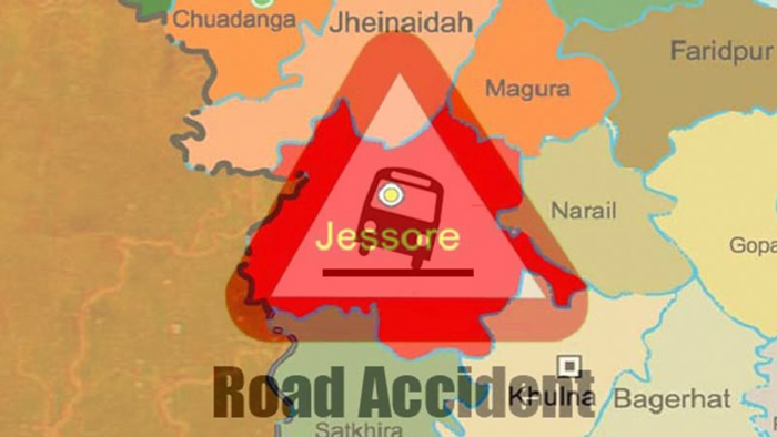 Cop's wife killed in Jessore road accident