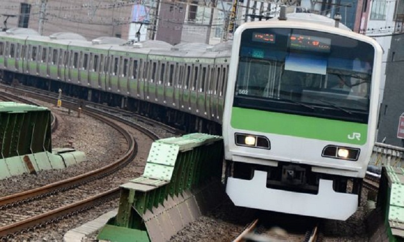 Japanese train barks like a dog to prevent accidents