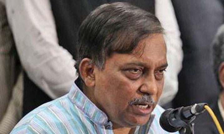 Those involved in N'ganj clash to be booked: Home Minister