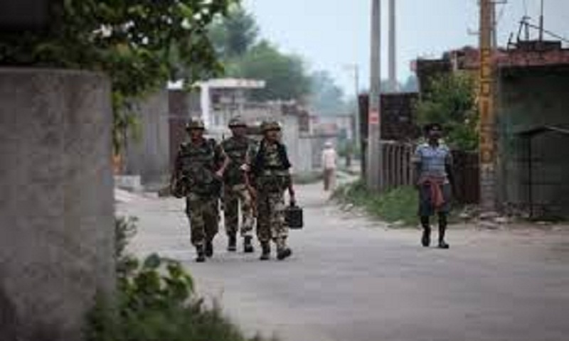 Pakistan, India trade fire in Kashmir, killing 4