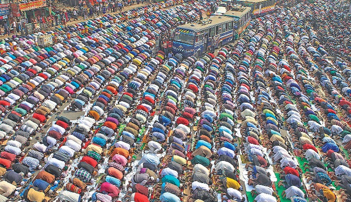 Lakhs join Juma prayers of 2nd phase Biswa Ijtema
