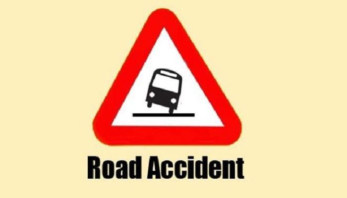 2 men killed in Faridpur road crash
