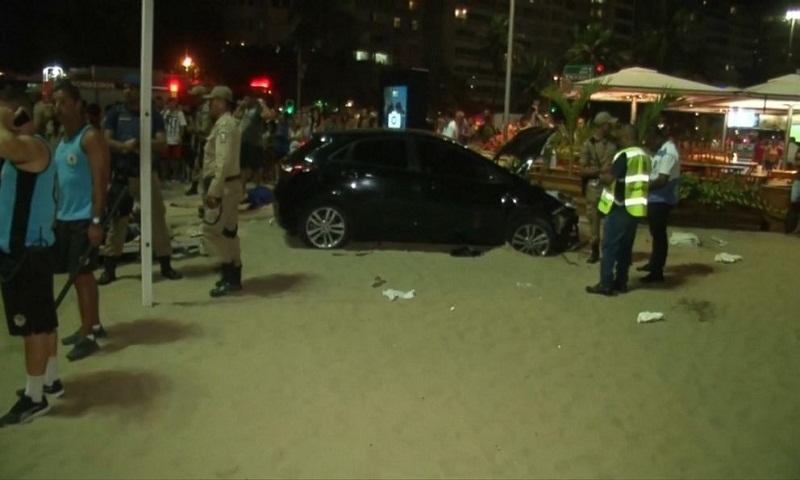 15 people injured after car crashes into pedestrians on Rio de Janeiro beach