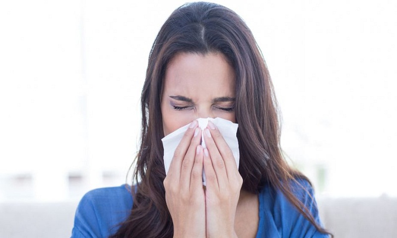 Stifling your sneeze may rupture your throat