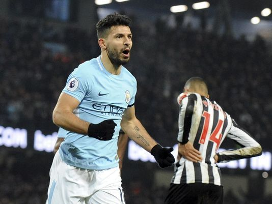 Aguero lifts Man City as Chelsea, Arsenal turn on goal power