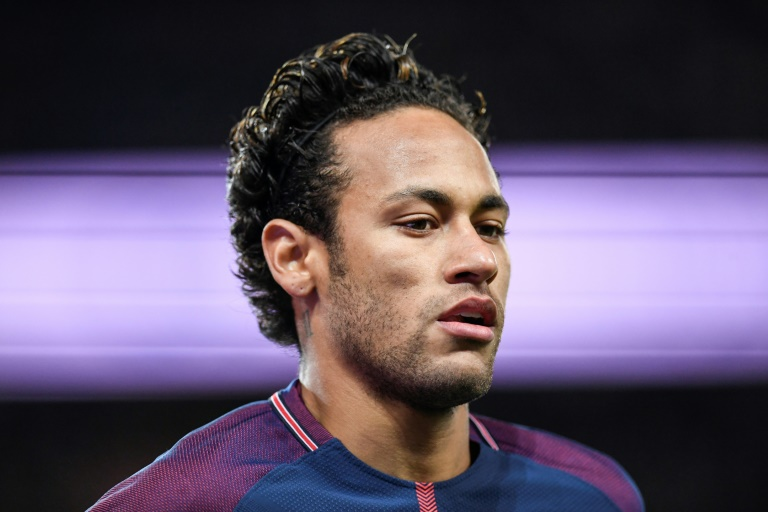 Neymar out of PSG trip to Lyon