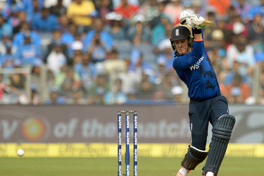 England make 302-6 against Australia in 3rd ODI