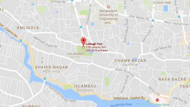 Five-storey building tilts in Lalbagh